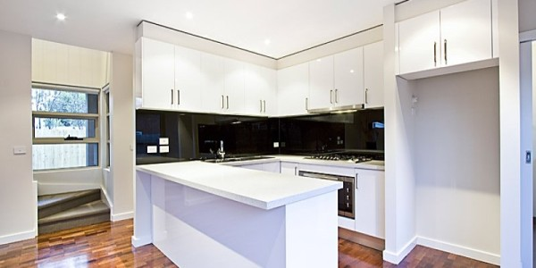 Kitchen - Mount Waverley Residential Builders