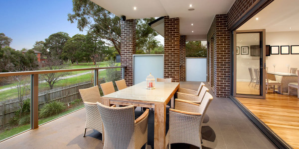 Outdoor Dining - Oakleigh East Residential Builders